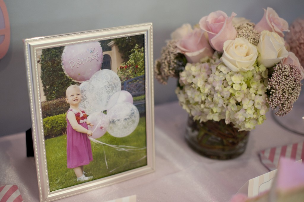 2 10 tip for planning the perfect party sign in book personal photos