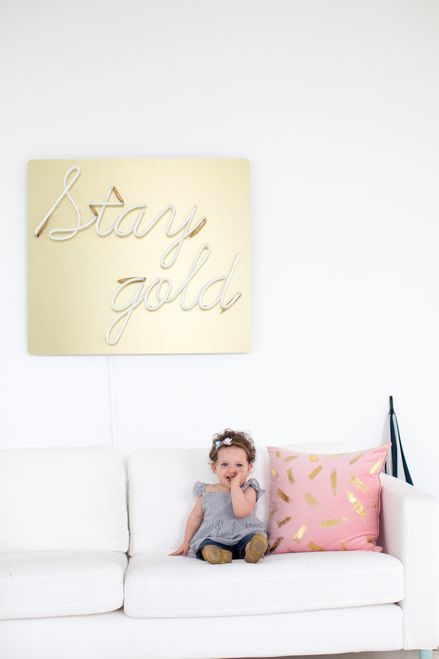 Using Neon In Your Home Decorating Cool Neon Signs For The Home