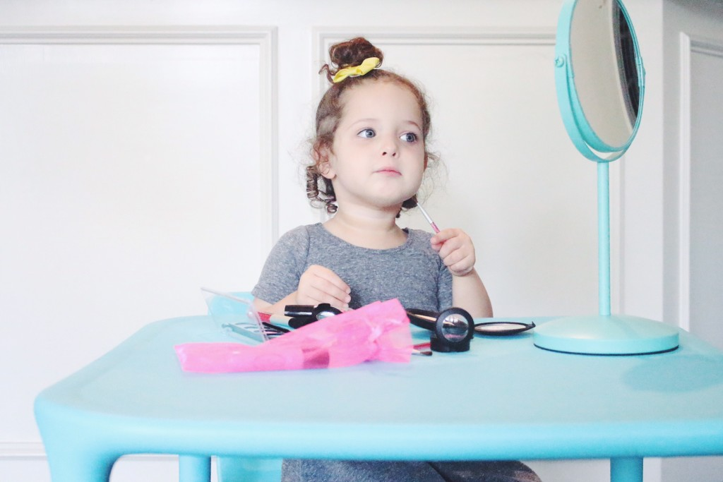Pretend Makeup for Kids with Little Cosmetics - The Cuteness