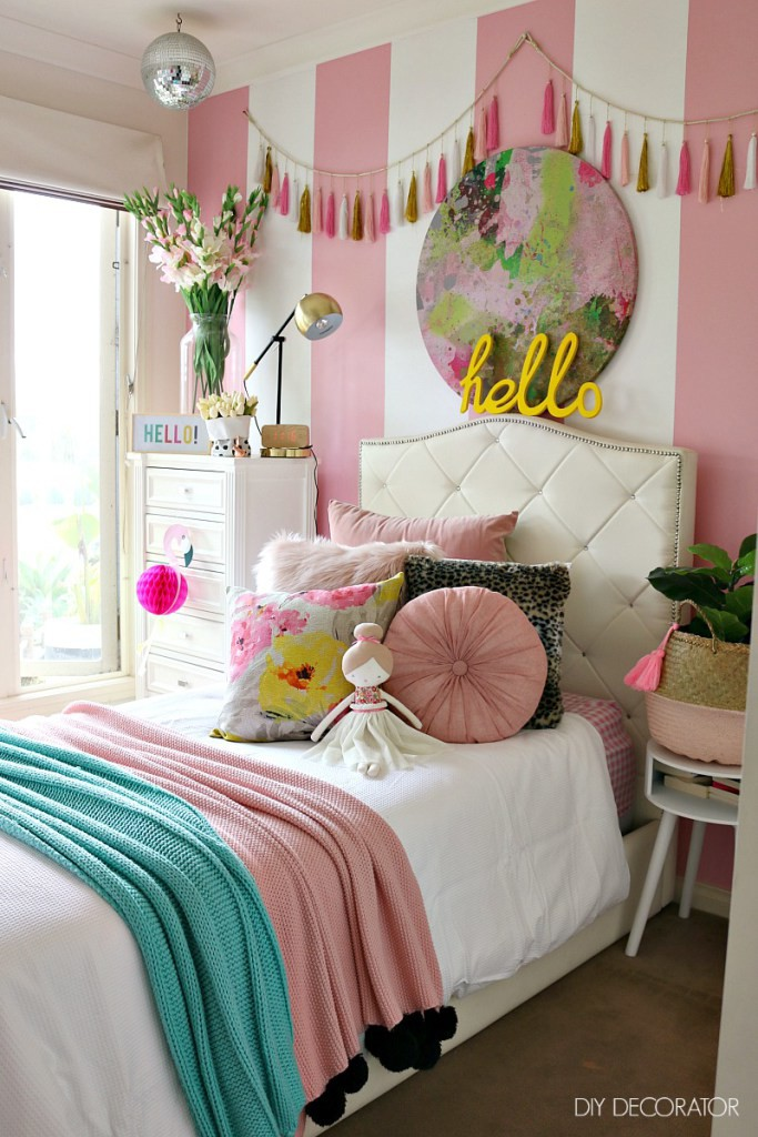 Pretty in pink bedroom|These Cool Kids Rooms Are So Amazing, You'll Want Them for Yourself