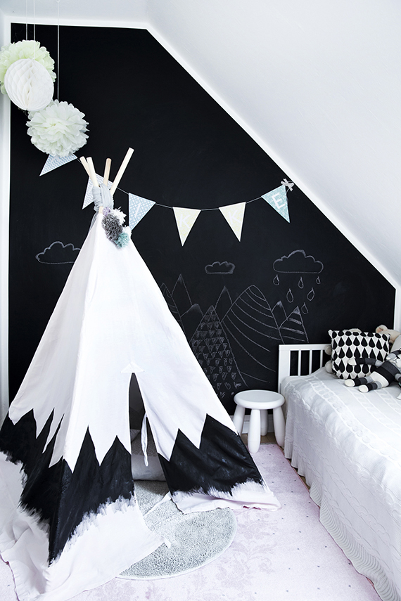 Black and white nursery |These Cool Kids Rooms Are So Amazing, You'll Want Them for Yourself