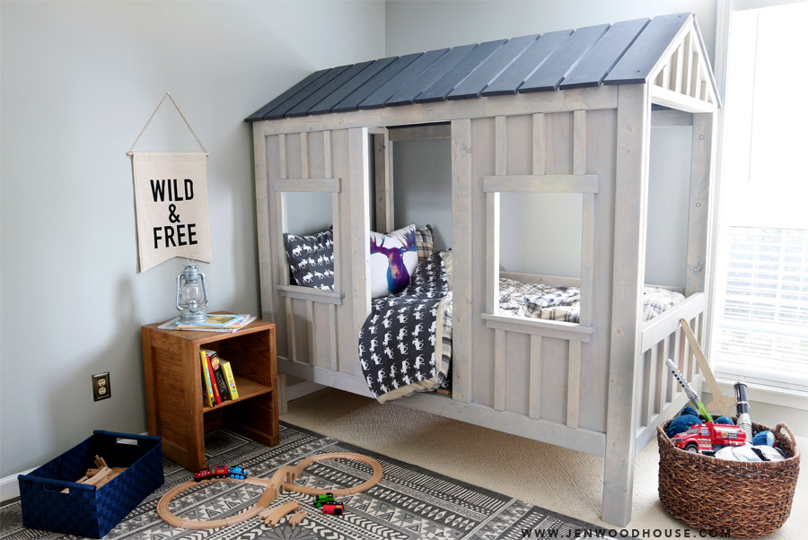 Indoor cabin bed |These Cool Kids Rooms Are So Amazing, You'll Want Them for Yourself